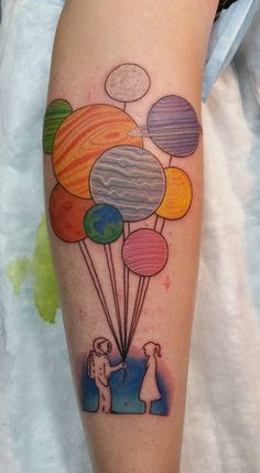 The planets as balloons are a super cute idea.