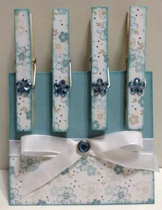 Floral clothespin magnets ~ahh so Diy Home Crafts, Craft Stick Crafts, Creative Crafts, Easy Crafts, Arts And Crafts, Paper Crafts, Decorated Clothes Pins, Clothespin Magnets, Clothespin Crafts