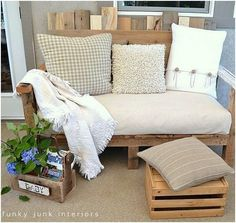 pallet couch and ottoman by rhonda.white.52206