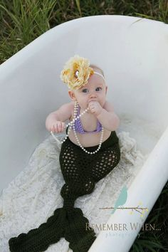 cute Halloween costume!!!  Mermaid Tail and Bikini Crochet Costume