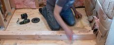 Frame shower pan curb by stacking boards and attaching to the subfloor. Custom Shower Pan, Diy Shower Pan, Concrete Shower Pan, Fiberglass Shower Pan, Building A Shower Pan, Shower Pan Installation, Small Bathroom Layout, Bathroom Ideas, Bathroom Remodeling