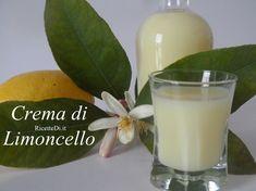 la crema di limoncello di Luigi si fa con la buccia di 8 limoni, 1 lt di alcool, 2 lt di latte, 2 kg di zucchero e 1 stecca di vaniglia. Foto e procedimento