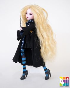 hogwarts for mh doll mrs melenka Monster High Clothes, Monster High Dolls, Luna Lovegood, Ooak Dolls, Barbie Dolls, Pokemon Dolls, Fantasy Life, Lalaloopsy, Harry Potter Characters