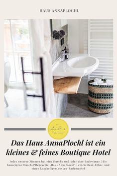 """Jedes unserer Zimmer hat eine Dusche und/oder eine Badewanne   die hauseigene Dusch-Pflegeserie """"Haus AnnaPlochl""""   einen Haar-Föhn   und einen kuscheligen Vossen-Bademantel #badezimmer #badeideen #dekoration #frühstück #frühstücksideen #frühstücksbuffet #frühstückgesund #zimmer #boutiquehotel #ideas #house #guesthouse #annaplochl #badaussee #visitaussee #ausseerland #reisen #bedandbreakfast Bath Tube, Full Bath, Bathing, Viajes, Dekoration"""