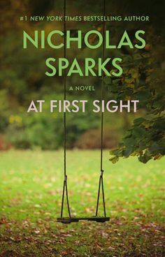 Author Nicholas Sparks' books have endeared him to millions of readers. Here's information about each of Sparks' novels. Nicholas Sparks Book List, Good Books, Books To Read, Amazing Books, Entertainment, Romance Novels, Romance Film, Book Authors, Free Reading