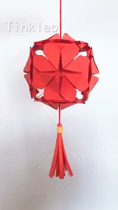 DIY Hope Red Lantern Decoration - Hang the lantern and drive away the coronavirus. Use red paper to make the lantern decoration, hang - Diy Crafts Hacks, Diy Crafts For Gifts, Diy Home Crafts, Diy Arts And Crafts, Creative Crafts, Fun Crafts, Diy Projects, Instruções Origami, Paper Crafts Origami