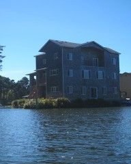 Lake+Front+Ocean+View+Getaway.+Three+Story+Handicap+AccessibleVacation Rental in Lincoln City from @homeaway! #vacation #rental #travel #homeaway