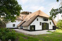Restauratie monumentale T-boerderij Kerk-Avezaath { Bouwbedrijf Van der Helden - OphemertBouwbedrijf Van der Helden – Ophemert