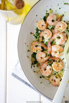 krewetki z pietruszką (8) – Kawa i Czekolada Calzone, Shrimp, Seafood, Pizza, Meat, Cooking, Recipes, Sea Food, Kitchen