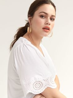 Shop online for T-Shirt with Short Flutter Sleeves & Embroidery. Find Sale-Tops, and more at AdditionElle Fall Fashion Trends, Spring Fashion, Autumn Fashion, Fashion Bloggers, Petite Fashion, Curvy Fashion, Style Fashion, Addition Elle, Extra Petite