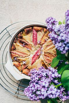 A beautiful spring dessert, this rhubarb clafoutis is simple, delicious, and makes the most of that first spring fruit. Made with just 7 ingredients! Healthy Dessert Recipes, Easy Desserts, Breakfast Recipes, Spring Desserts, Spring Treats, Spring Recipes, Rhubarb Cobbler, Clafoutis Recipes, Rhubarb Recipes