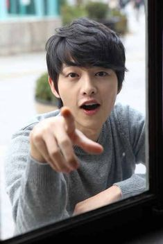Find images and videos about song joong ki, joong ki and joong ki on We Heart It - the app to get lost in what you love. W Kdrama, Kdrama Actors, Kdrama Memes, Song Hye Kyo, Korean Star, Korean Men, Korean People, Korean Celebrities, Korean Actors