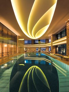 The Peninsula Tokyo swimming pool. Don't forget your bathing suit!