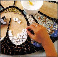 tutorial venecitas, mosaicos para decorar mesas, bancos, macetas.
