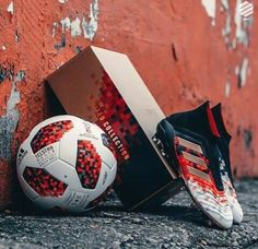 New limited edition adidas Predator Telstar & Telstar 18 Mechta the official match ball for the FIFA Word Cup Russia 2018 knockout stage Adidas Soccer Boots, Nike Football Boots, Adidas Football, Soccer Shoes, Predator Football Boots, Best Soccer Cleats, Soccer Gear, Football Cleats, Soccer Ball