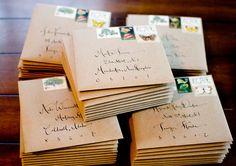 Frases para tarjetas de casamiento, tradicionales o innovadoras Hoy en día, en lo que es participaciones de boda podemos elegir entre propuestas bien tradicionales u otras más modernas e innovadoras.  http://www.casamenteras.com/frases-para-tarjetas-de-casamiento/
