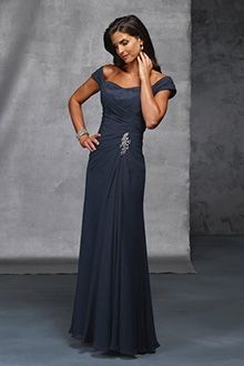 A-Line/Princess Off-the-shoulder Floor-length Chiffon Mother of the Bride Dress