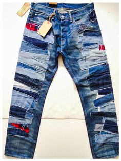 64 Super Ideas Patchwork Jeans Diy Inspiration - Image 25 of 25 Diy Jeans, Recycle Jeans, Patchwork Jeans, Denim Ideas, Denim Trends, Fashion Bubbles, Denim Art, Boro, Diy Vetement