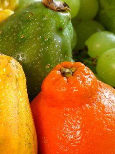 Frutas y colores by Rubí Flórez, via Flickr.