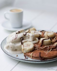 Vegane Buchweizen – Bananen Pancakes mit Bananeneis