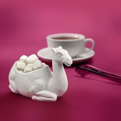 "Fred & Friends Sugar Bowl ""One Lump or Two? getting lumps out of a camel! Kris Kringle Gift Ideas, Unicorn Dust, Cuisine Diverse, Cute Kitchen, Kitchen Stuff, Quirky Kitchen, Kitchen Ware, Awesome Kitchen, Kitchen Themes"