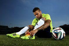 2014 FIFA ワールドカップ ブラジル大会 ブラズーカ Adidas Samba, World Football, World Cup, Sports, Fifa, Pictures, Hs Sports, Photos, Photo Illustration