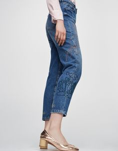 Jeans bordados - Novedades - Mujer - PULL&BEAR España