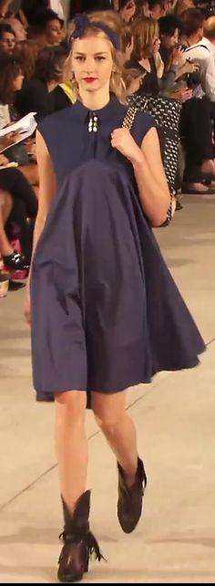 Share Video : http://www.youtube.com/watch?v=xfGVMfXKGxs Alexis Mabille SS14 show. Dress. Bag. Handbag.