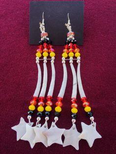 Dentalium Tiers Earrings Native American Design Navajo made Pow Wow Glam glitz… Beaded Earrings Native, Native Beadwork, Native American Beadwork, Bead Earrings, Native Design, Native American Design, Native American Artists, Beading Ideas, Beading Patterns