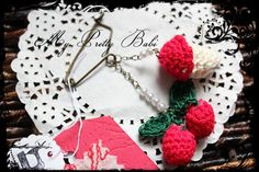 Crochet Brooch Crochet Pin Handmade Brooch by myprettybabi on Etsy