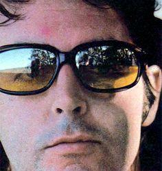 Rare Paul McCartney -- He looks like he JUST CUT his 'Beatle Hair' (remember the bushy beard & stash?) Post-Beatle internal dilemma on his face. Sir Paul, John Paul, Paul Mccartney Wife, Nashville, All My Loving, Abstract Face Art, Lyrics And Chords, All About Music, Most Beautiful Man