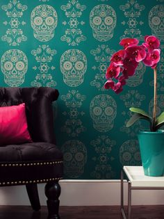 How to Add Interest with Graphic Wallpaper