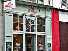 Milk, mum in her little kitcher - dans le quartier de Montmarte. #brunch #retro #food