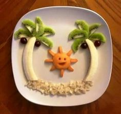 fun snacks for kids by Party Round Green Call Danilo 02 2610052 335 6815268 www. In case you are missing the beach. Check out KishHealth System's Ingredients for Healthy Living classes taught by Jo Cessna. Fun Meals 4 Kids: Or How to Get your Kids to Love Food Art For Kids, Fun Snacks For Kids, Cute Food, Good Food, Yummy Food, Toddler Meals, Kids Meals, Deco Fruit, Creative Food Art