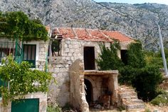 the old namesake village in Tucepi , Croatia