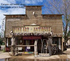 Rogues Gallery in Hulett, WY.  Features Native American artifacts and original artwork from artist Bob Coronato.