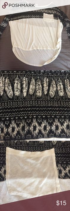 Black and white printed nice top Only worn once empire Tops Blouses