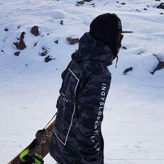 INDYSLOPESTYLE Battalion Camo 8K Tech Snowboard Hoodie / indyslopestyle.com / Shipping Worldwide Snowboarding, Camo, Tech, Street Style, Hoodies, Snow Board, Tecnologia, Sweatshirts, Urban Style