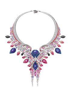 "A ""Le Glissement du Flamant Rose"" necklace by Chow Tai Fook"