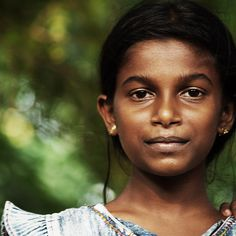 Classically Exquisite Young Girl from Sri Lanka Kids Around The World, We Are The World, Flags Of The World, People Around The World, Around The Worlds, Sri Lanka, Bless The Child, Look Into My Eyes, Half The Sky
