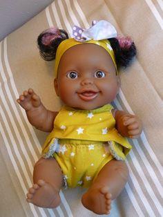 fd6aa9ede Patron gratuit  Fiche patron basique fille pour poupon bébés du monde de 22  cm type Paola Reina - Les ateliers Mina couture  Art doll. Baby Doll  ClothesBaby ...