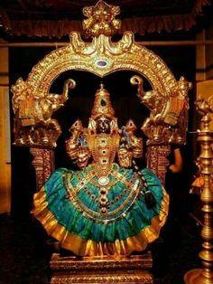 Goddess Devi Shiva Hindu, Shiva Shakti, Hindu Deities, Durga Images, Lakshmi Images, Lakshmi Photos, Tara Goddess, Goddess Lakshmi, Lord Durga