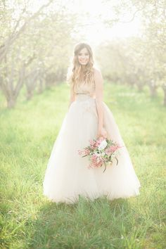 romantic bridal portraits in the orchard