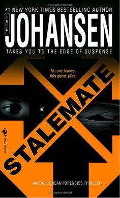 Stalemate (Eve Duncan Forensics Thrillers): Iris Johansen: 9780553586541: Amazon.com: Books