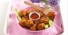 These chicken & apple balls are the perfect toddler finger food, delicious hot or cold...