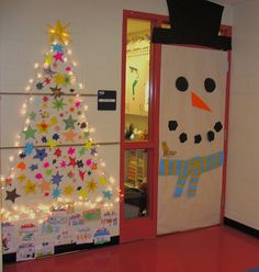 winter door christmas classroom door classroom decor preschool christmas christmas crafts preschool - Best Classroom Christmas Decorations