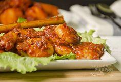 Malay Sambal Udang – Plump Prawns in Spicy Chili and Belacan Rempah Sauce « FoodPornDaily Sambal Sauce, Prawn Dishes, Malay Food, Shrimp Paste, Roasted Shrimp, Cooking Dishes, Spicy Chili, Malaysian Food, Original Recipe