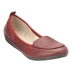 Easy Spirit: Shoes > Flats > Gitana - Comfortable shoes for women.