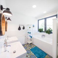 Kekinterior- Kótai Eszter Clawfoot Bathtub, Cement, Bathroom, Modern, Washroom, Trendy Tree, Full Bath, Bath, Bathrooms