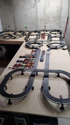 Slot Car Race Track, Slot Car Sets, Ho Slot Cars, Slot Car Racing, Slot Car Tracks, Radio Control, Car Stuff, Model Trains, Vintage Ads